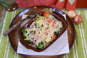 Brokolice zapečená se šunkou a sýrem