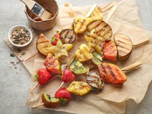Na grilu lahodně připravíte i nejrůznější druhy ovoce